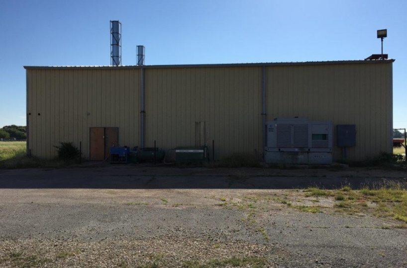 1650 Airport Drive Hangar 98 Cleburne Texas 76033